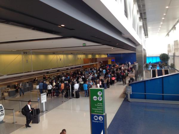 No one is going anywhere near Chicago anytime soon... #OHareFire #FlightDelay http://t.co/YAbnGVHm4w