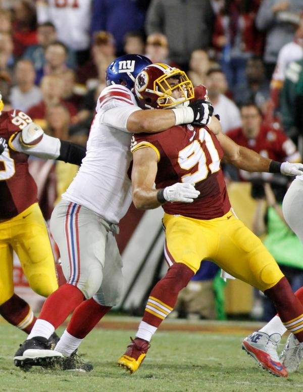 I'm no expert or have extensive training as a referee, but I'm pretty sure @RyanKerrigan91 was held on a Eli TD pass. http://t.co/IHKNWw2FhW