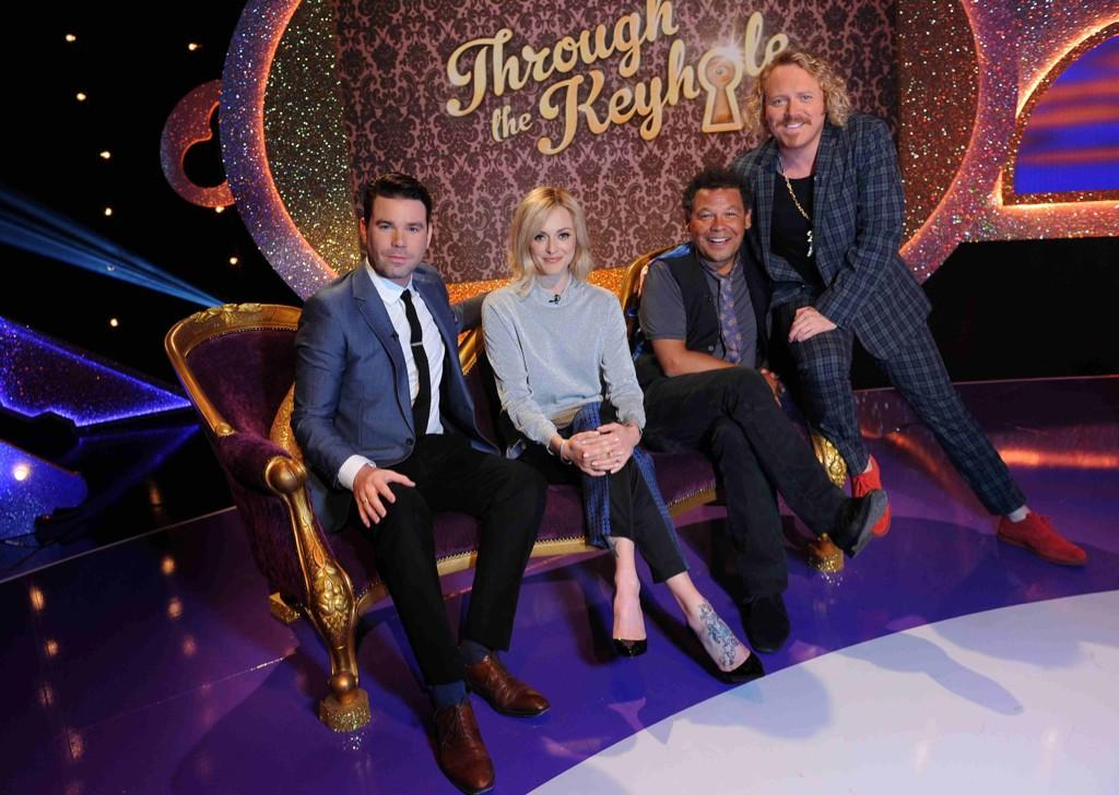 Through t' keyhole tomorrow with this crazy kids. 9.20 itv http://t.co/96Vcjvwkfd