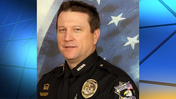 Oklahoma County reserve deputy heralded as 'hero' in warehouse attack http://t.co/KZQyUkazvB http://t.co/SMnxYnhHDK