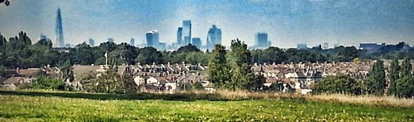 View from Blythe Hill Fields, SE23. Almost Catford. http://t.co/FPMrsNKmbd