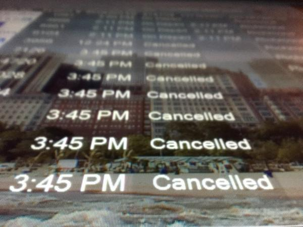 #ona14, is your flight cancelled? Having airline troubles? Reach out to me for a Student Newsroom story. #onanews14 http://t.co/ywcR3NDIaj