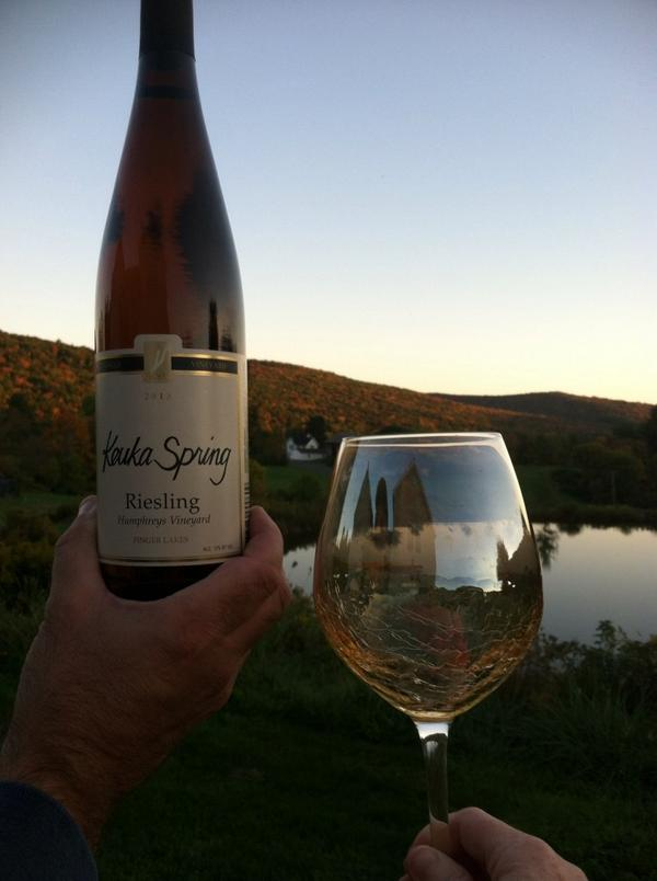 What a beautiful fall night to be drinking @KeukaSpring  #FLXRiesling @FLX_wine nice notes of peach http://t.co/3JWwsq8yri