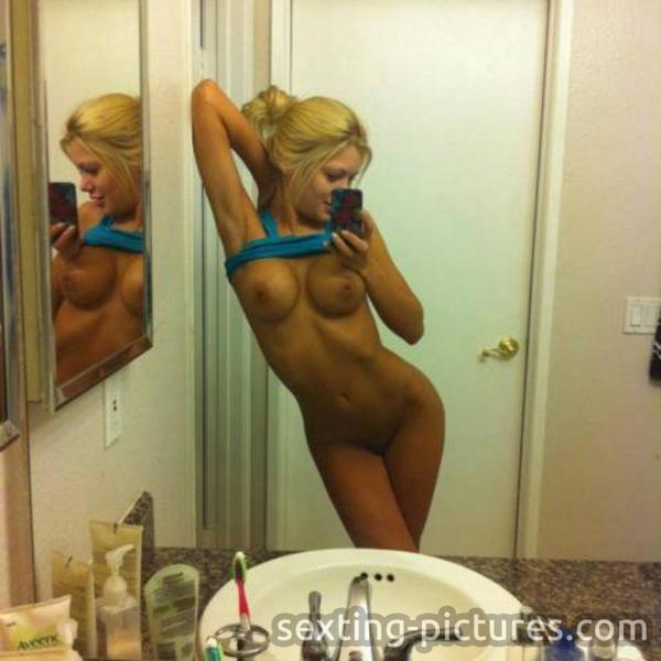 Young amateur latina thick thighs huge dildo