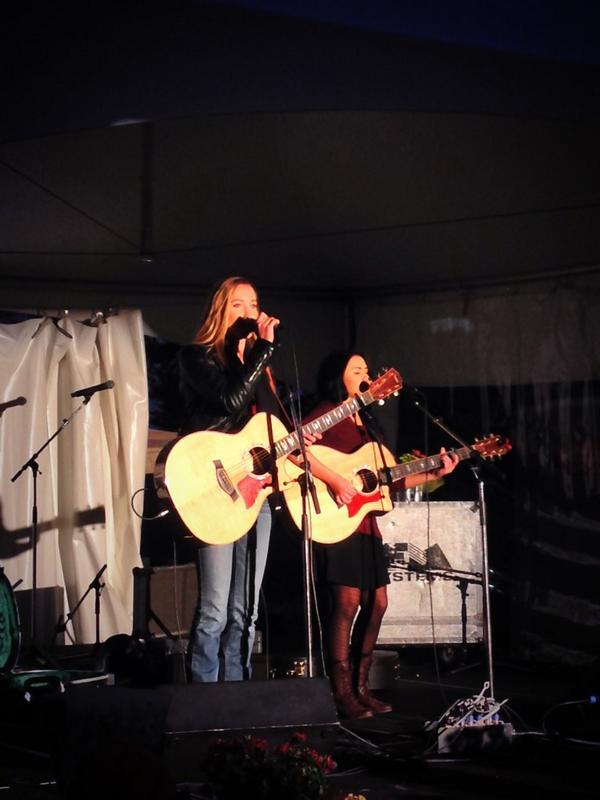 Had a great time duetting with @Hanniepattison #somethinbad #pumpedupkicks http://t.co/XEojlsyROq
