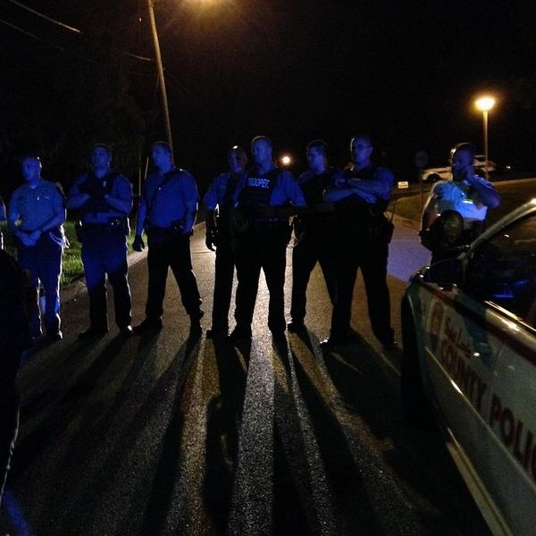 #Ferguson right now. http://t.co/62whAzbhQ9 http://t.co/uvAkblRSM3
