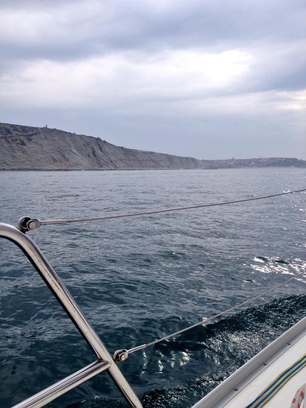 BynK3vYIcAAxQ4M Surcando los mares con 5 grandes bloggers.
