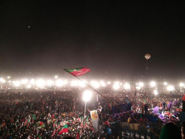 Here you go! Another update of the massive crowd at #Lahore4PTI jalsa. Never seen crowd this charged up! http://t.co/Hk3qvB9pXc