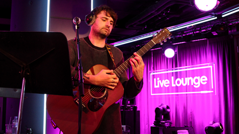 RT @BBCR1: Check out @LTAmusic's Live Lounge cover of Nico & Vinz' Am I Wrong? #R1LTA #R1Rock http://t.co/YdQxdT3YYa http://t.co/rlrH8ysoM6