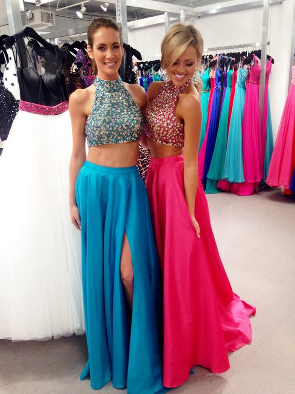"""21de3b3322b3 IN STOCK NOW at Ashley Rene's! Come try it on!""""@SherriHill: Sherri Hill  girls in cropped style 32020! In stores now! pic.twitter.com/jnCGkD5m4w"""""""
