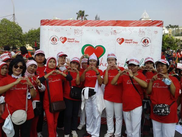 Selamat Hari Jantung Sedunia! Mari ciptakan Rumah Sehat, Komunitas Sehat dan Negara yang sehat! #WorldHeartDay http://t.co/D8VuAcJmcX