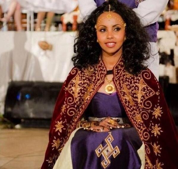 EriMeetsSomi : Eritrean Twins @BrandiSheri @brit_kaye http ...