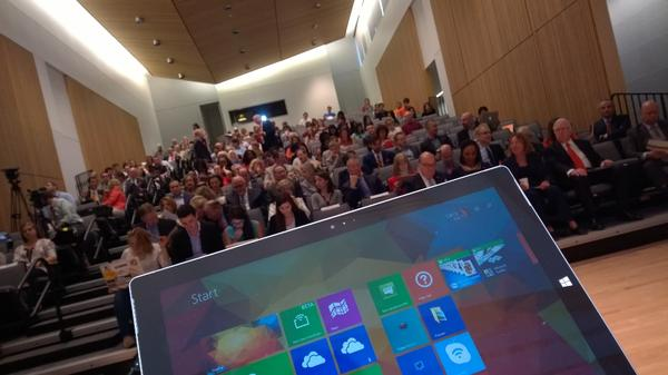 My view from the #fdmedia panel I am on at @NewhouseSU  Streaming now here http://t.co/5JJwh2PvqY http://t.co/BxYZDpuHRV