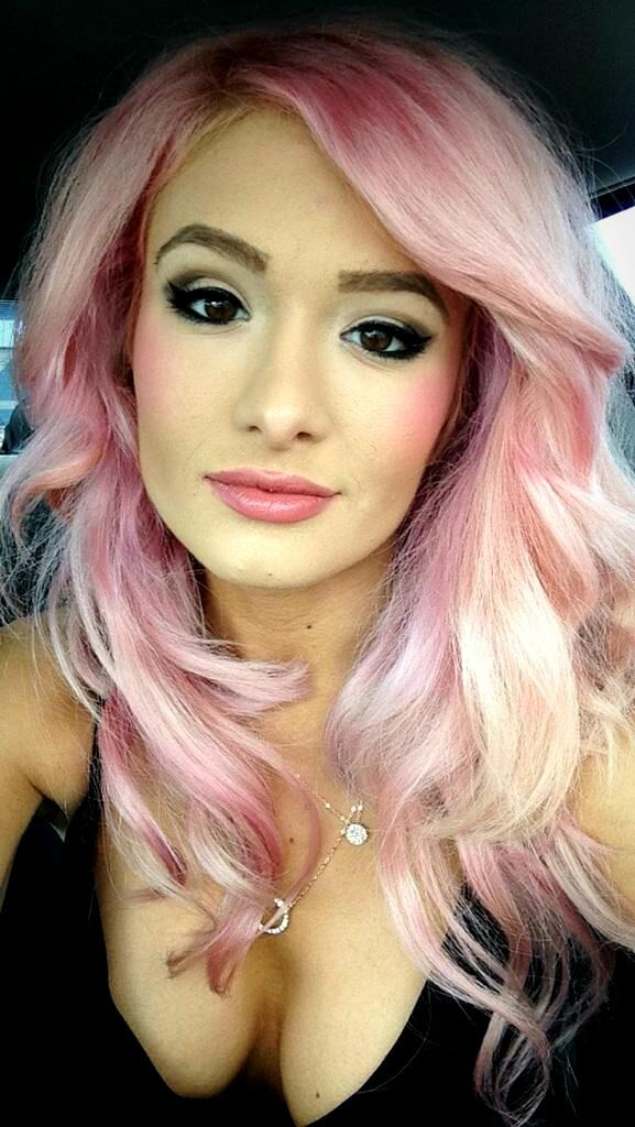 "Scarlett Bordeaux on Twitter: ""I dye my hair a lot. http ... Scarlett Bordeaux"