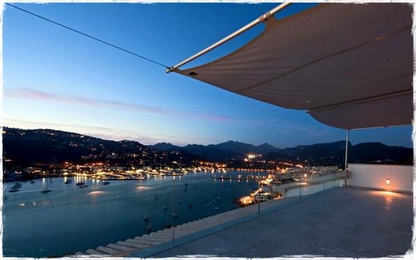Desde Andraxt, en un precioso atardecer tras la tormenta, buenas noches a mis amigos de #MallorcaFeelings y #mallorca http://t.co/dDwZupWivb