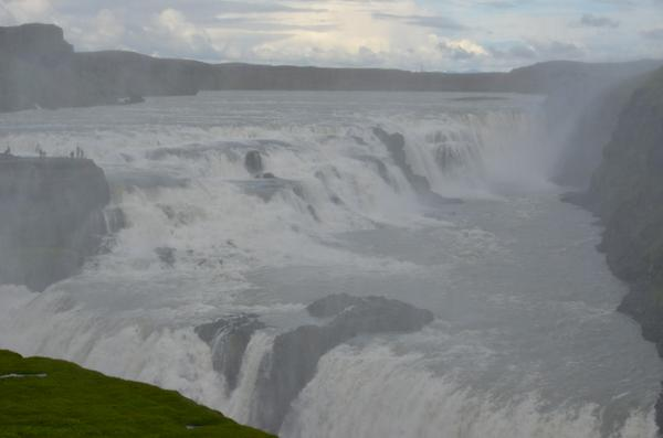 Writing up Gullfoss today for @lonelyplanet's new book on Reykjavik and fab day trips. Ahhh, splendid! http://t.co/0lTvt4E0MZ