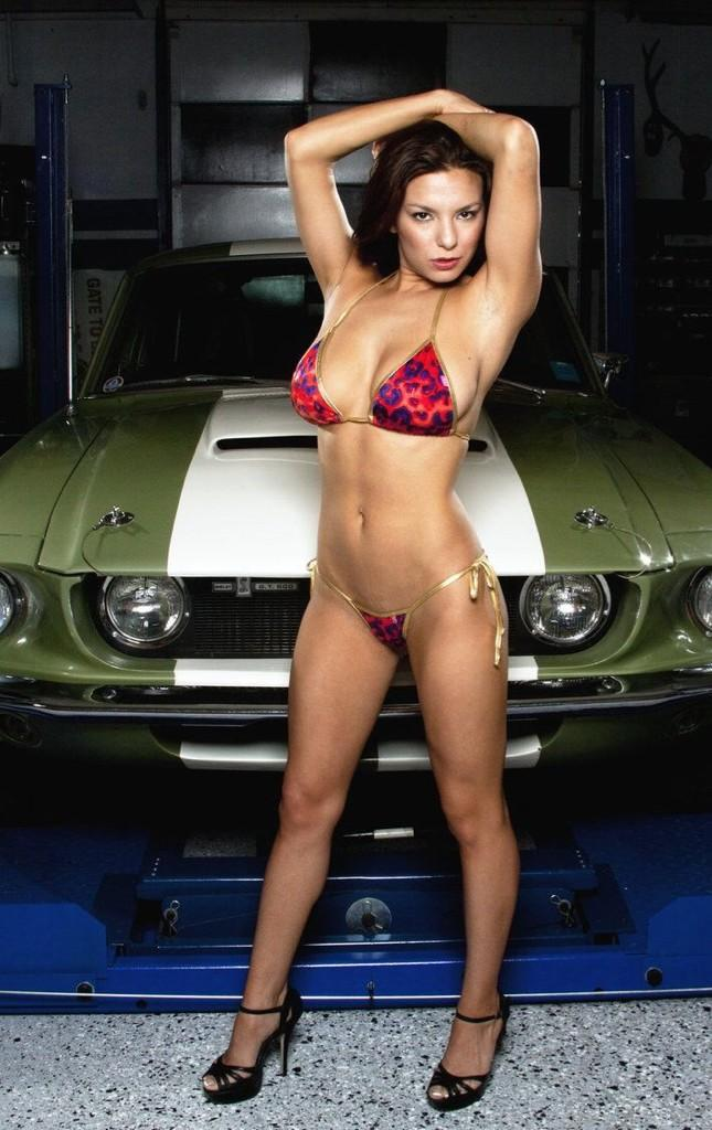 Sexy Hot Rod Girl Pictures - AllFordMustangs