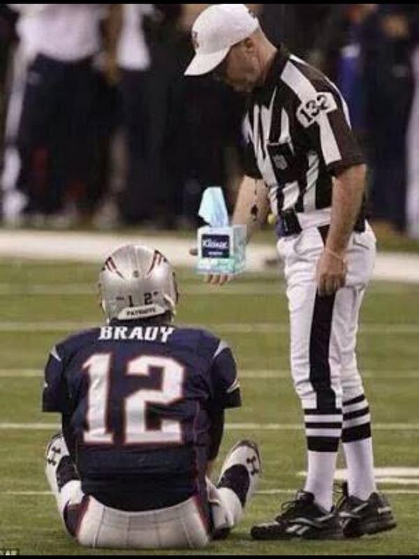 I'm sorry Tom Brady... do you need a kleenex? #KCChiefs #NEvsKC #LoudAndProud #Chiefs http://t.co/PAVqf9pTQO
