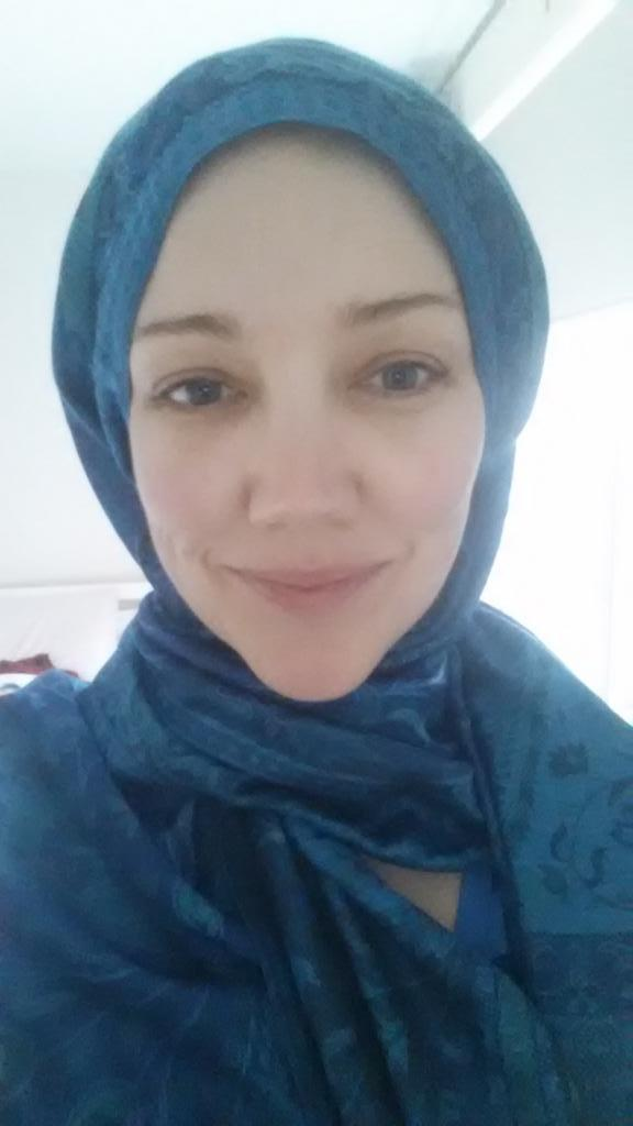 I stand in solidarity with Aussie Muslim women @MariamVeiszadeh #WISH http://t.co/KnijXDy7WN