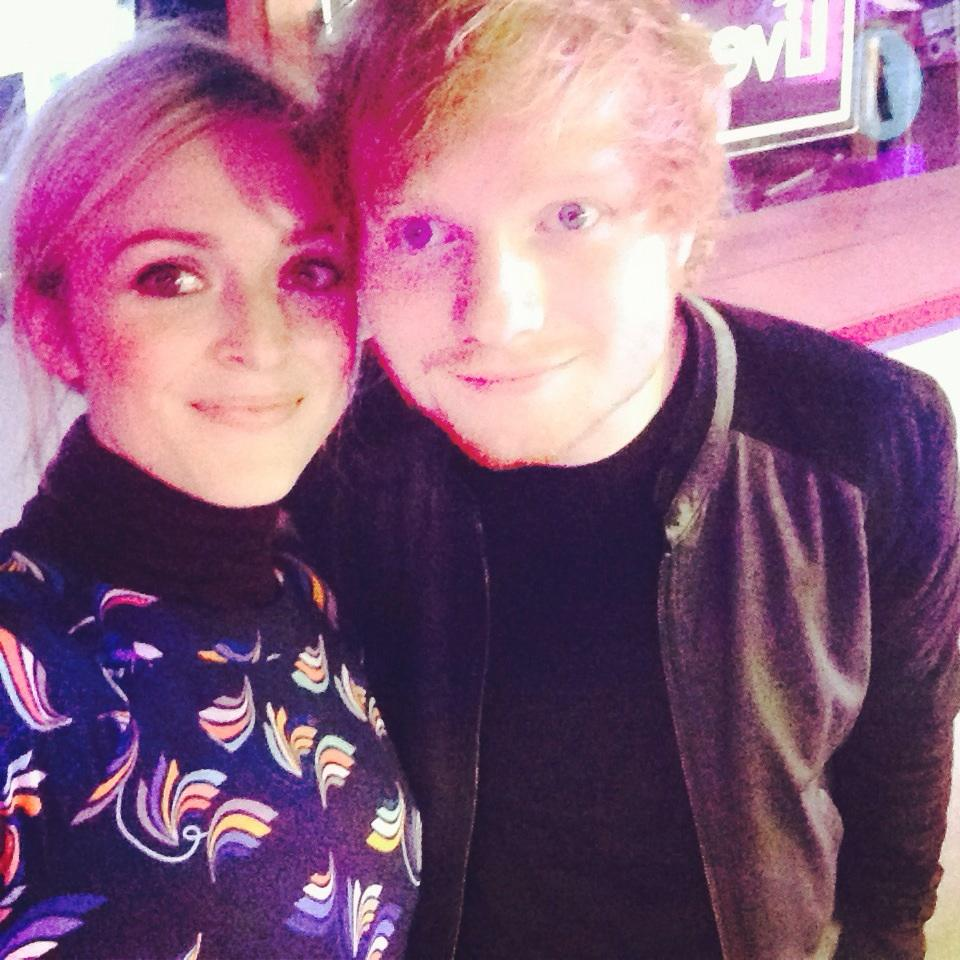 mr @edsheeran and me looking like I have David Bowie makeup on #R1EdSheeran http://t.co/wR6J3wtNjs