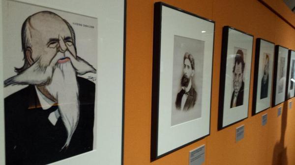 """@jlpalacios: Caricaturas, partituras, libretos, y textos asociados a #zarzuela1814 en @BNE_museo http://t.co/GRGVSTj6ip"""