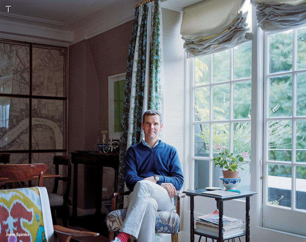 Interior designer for Prince William and Kate Middleton @BenPentreath opens up his home:  http://t.co/irUBt0G5yx http://t.co/AVoDsnEISx