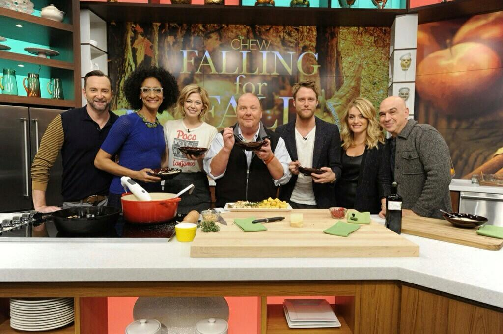 This was so amazing!!! The best people, delicious food--an incredible morning. Cooking with @Mariobatali @thechew http://t.co/hTVNbCq3CB