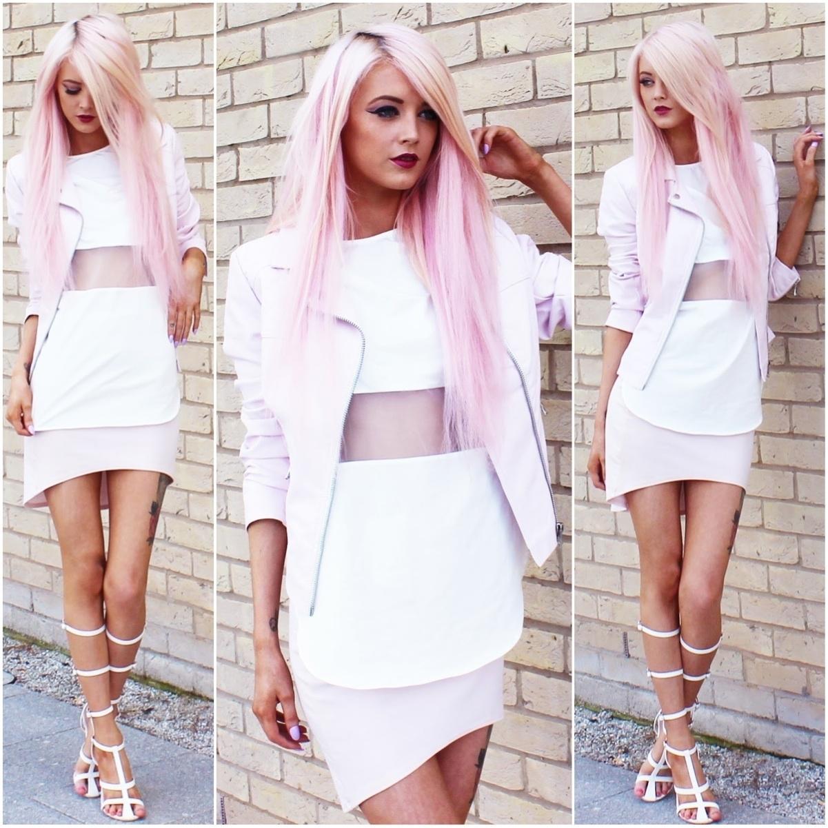 20% OFF our Sheer Mesh Panel Top worn by blogger Kirsty Mooney http://t.co/7MrACD4gkj #fbloggers http://t.co/Ydh9ydOH0E