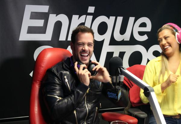 """@willylevy29 canta """"Bailando"""" de nuestros  amigos @enrique305 @GdZOficial @enriquesantos show @mix983 @UforiaMusica http://t.co/yEhpfVSxov"""