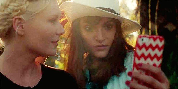 Great Kirsten Dunst Short Film Parodies Our Celeb-Obsessed Selfie-Ridden Culture ... http://t.co/hexB5ZlyR3 http://t.co/xZRdSVejqF