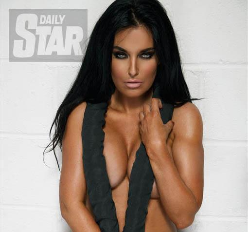 RT @DStarPics: Have you seen @AKValleys latest photoshoot? Here she is looking smoking HOT! #TheValleys  http://t.co/XMh3ingUga http://t.co…