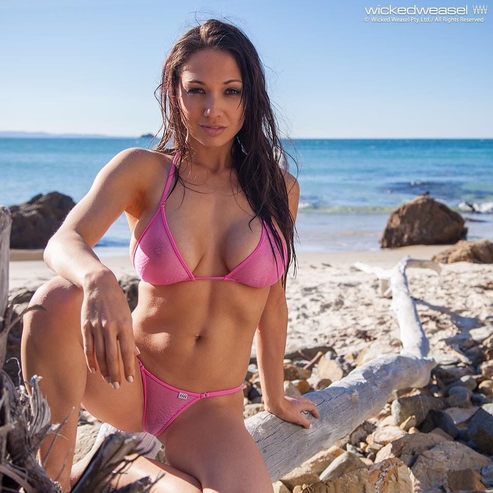 Bikini Girl On Twitter -2138