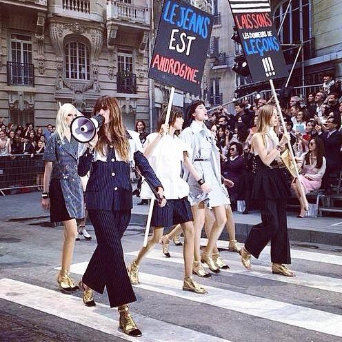 Was so fun to be an activist during the #BoulevardChanel show! #HumanRights #WeAreAllEqual RG @HarpersBazaarmx http://t.co/DTkjLxhJKP