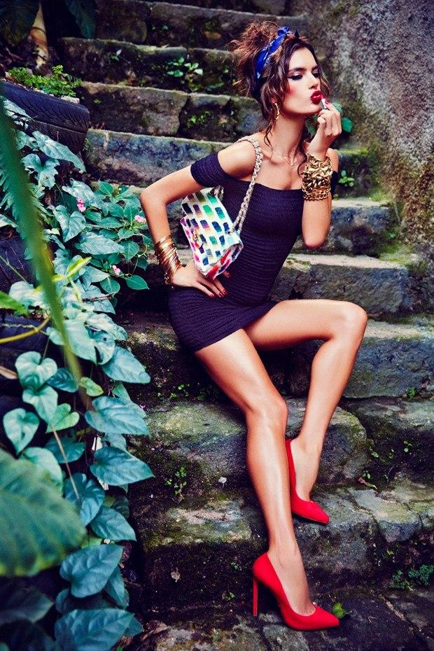 Put on some red 💄 and live a little. @VogueBRoficial @EllenVUnwerth http://t.co/7uCFX1qjrF