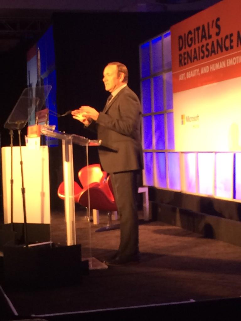 RT @r2rothenberg: At #iabmixx, @KevinSpacey takes the #iab stage. http://t.co/L7ooEy1VIp