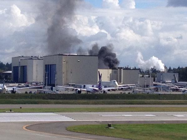 Fire in the 45-03 paint hangar, Boeing Everett http://t.co/3u9823Ukoj