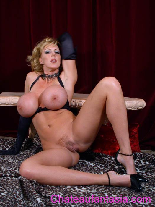 Fantasia Pictures and Movies at Freeones 23 Links