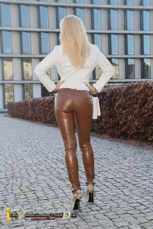 Tight leather pants leggings lilfitveve on gotporn