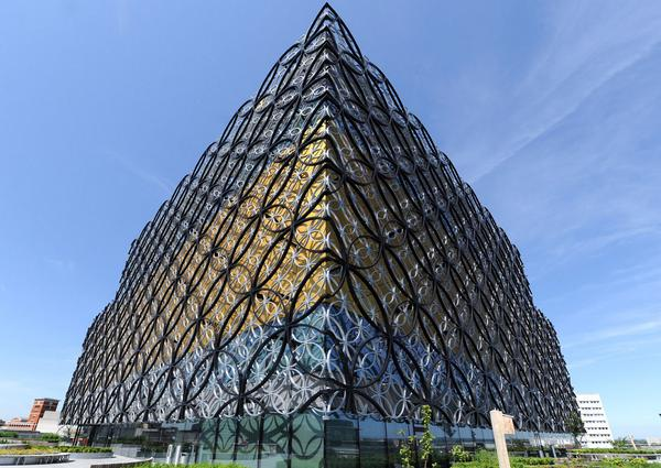 #Brum - last day to vote for @LibraryofBham in @RIBA Stirling Prize: http://t.co/fCKiXdnpQB Photo @jassansi http://t.co/DbdAAzYBy5
