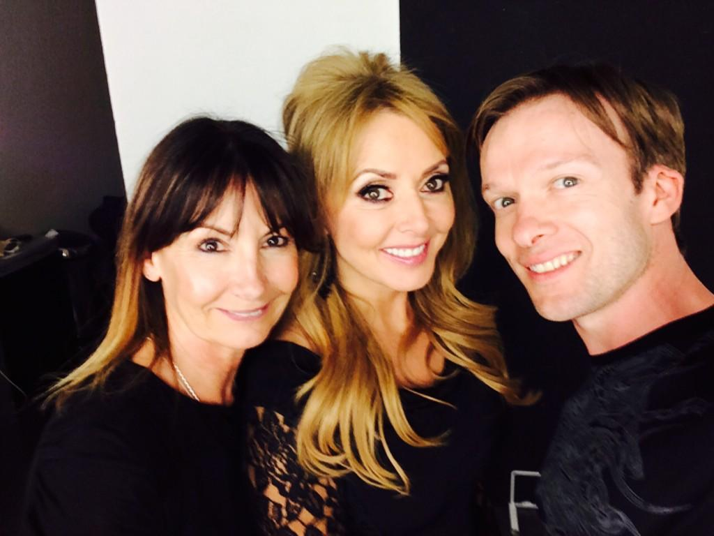 """@MRmakeupME: #makeuproom #selfie  @carolvorders with her glam squad @MRmakeupME @michelleT ❤️💋 @Isme_Diary http://t.co/SXmG21HClR"" hooray"