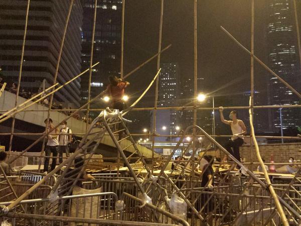Bz1slcnCEAYjRJ5 The Umbrella Revolution в Гонконге - профилактический ремонт