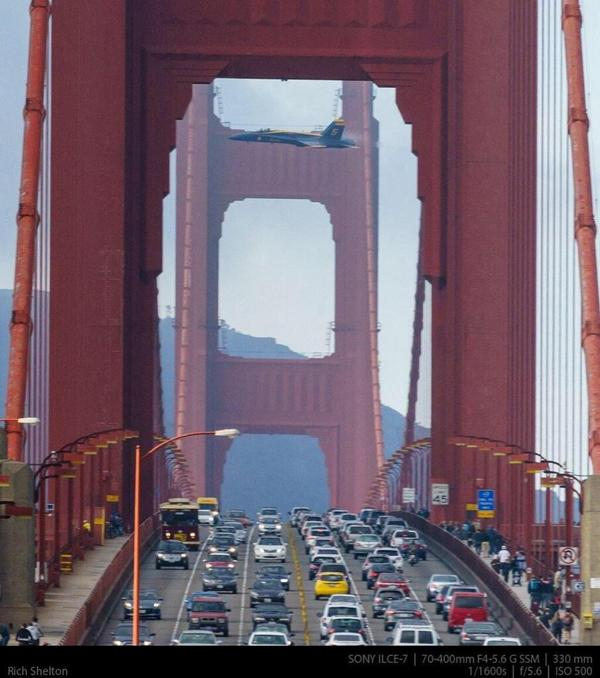 Did you see this pic of @BlueAngels that Rick Shelton took over the @GGBridge? #FleetWeekSF http://t.co/F8BGPv4RqF