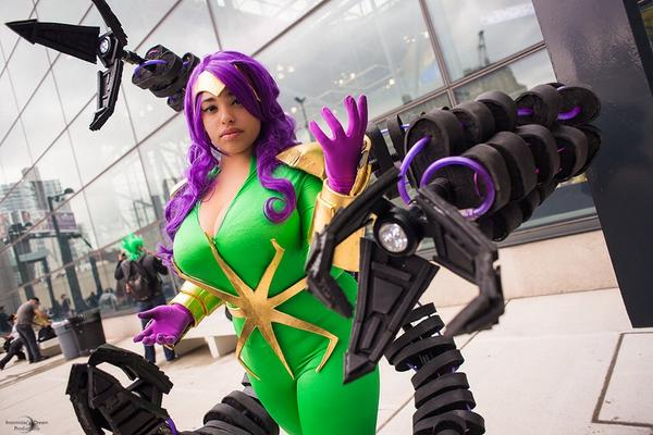 Cin Von Quinzel On Twitter Doctor Octopus Cosplay Photographed By