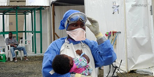 This 26-year-old #Ebola survivor, who watched her parents die, now comforts other patients http://t.co/K6zub3aTHO http://t.co/uTT8OpPTuo