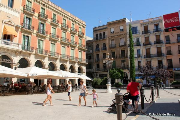 #Spain has some well kept #secrets- be one of the first in the know-see #gorgeous #Reus  http:// bit.ly/1ulu3Qb  &nbsp;  <br>http://pic.twitter.com/FCmRpAeSRc