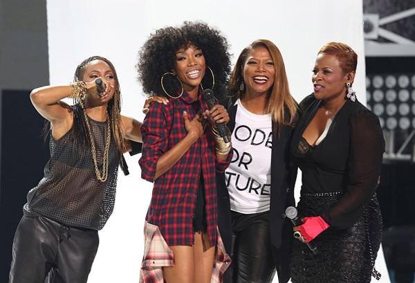 Yeah they just stole the show Brandy Queen Latifah MC Lyte Yo-Yo #IwannaBeDown #HipHopAwards http://t.co/CeoRxxRQUd