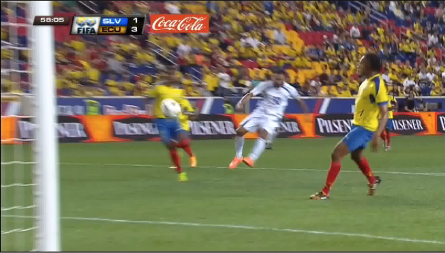 14-10-2014 - Amistoso El Salvador 1 Ecuador 5. Bz8nyUFIAAIdXkA