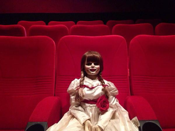 Untuk yang suka Horror. ANNABELLE sedang tayang di bioskop. Jadwal di http://t.co/f8mZnT66eN http://t.co/1XV7GA7FNS