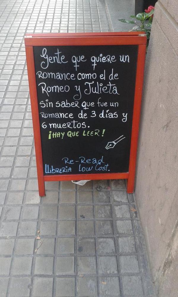 Hay que leer más @alicia_rdepaz: El millor cartell que he vist mai per fomentar la lectura http://t.co/XK2SzYJsbm