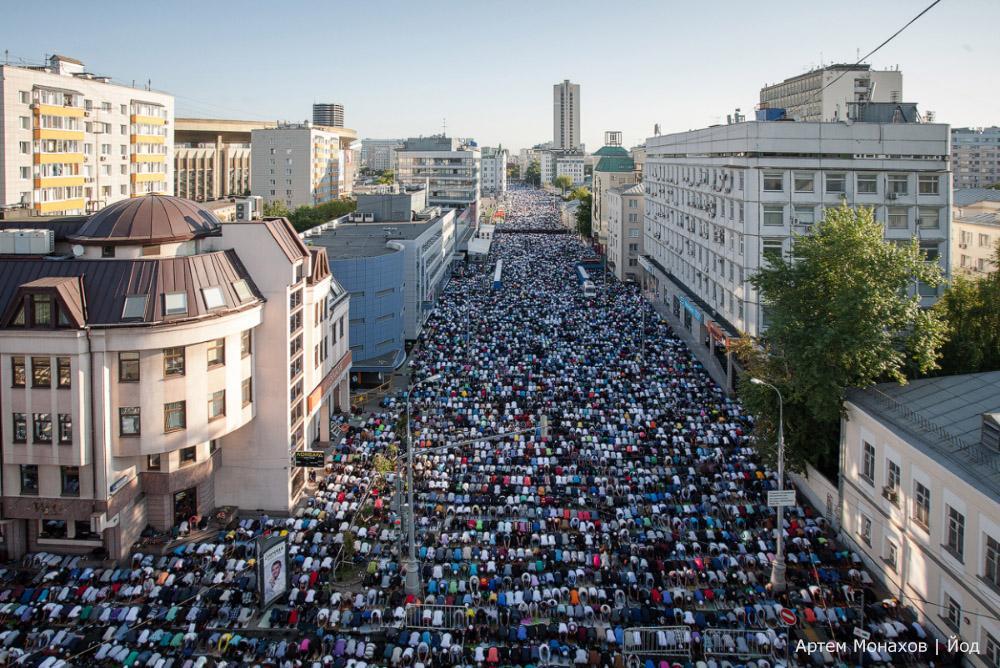 Чубаров поздравил мусульман с праздником Курбан-байрама, напомнив, что Крым - часть Украины - Цензор.НЕТ 2703